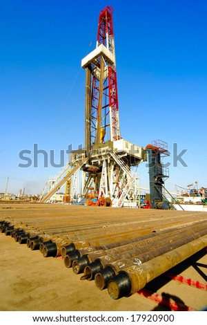 Land drilling rig in Shengli Oil Plant, CHN - stock photo