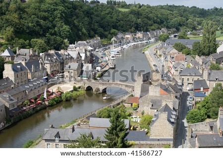 Lanvallay / Dinan (Cotes-d'Armor, Brittany, France) - Ancient town on the river near Dinan