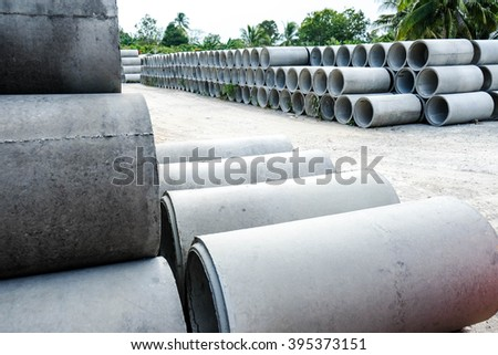 Large Concrete Construction Pipes for Underground Water