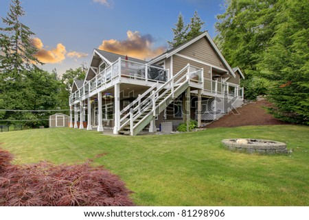 Large nice home in Gig Harbor, WA - stock photo