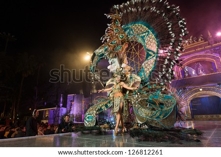 LAS PALMAS, SPAIN - FEBRUARY 1: Queen Elisabeth Ramos from Canary Islands performs onstage during the carnival Queens Gala on February 1, 2013 in Las Palmas, Spain. - stock photo