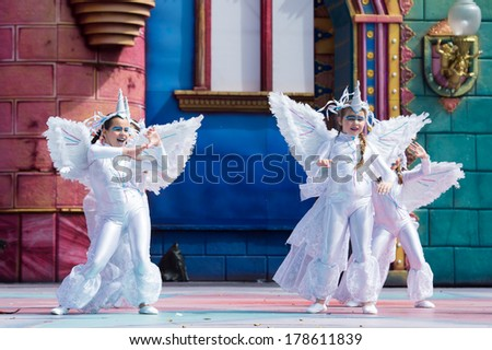 LAS PALMAS, SPAIN - FEBRUARY 23: Unidentified children from Las Preciosas Bailarinas from Canary Islands, onstage during Children's Costume performance, on February 23, 2014 in Las Palmas, Spain