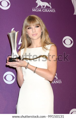 LAS VEGAS - APR 1:  Taylor Swift in the press room at the 2012 Academy of Country Music Awards at MGM Grand Garden Arena on April 1, 2010 in Las Vegas, NV. - stock photo