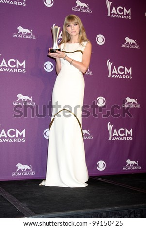 LAS VEGAS - APR 1:  Taylor Swift in the press room at the 2012 Academy of Country Music Awards at MGM Grand Garden Arena on April 1, 2012 in Las Vegas, NV. - stock photo