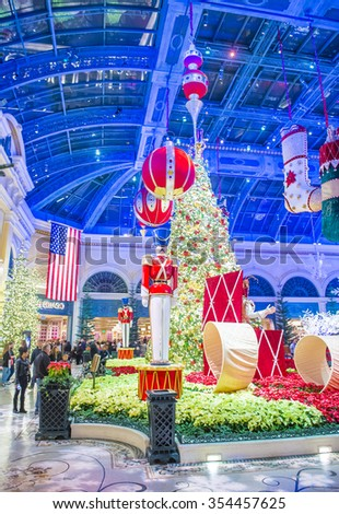 LAS VEGAS - DEC 18 : Winter season in Bellagio Hotel Conservatory & Botanical Gardens on December 18 ,2015 in Las Vegas. There are five seasonal themes that the Conservatory undergoes each year.