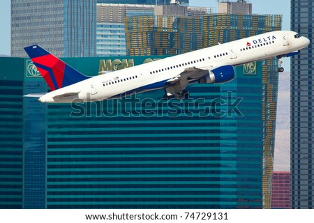 LAS VEGAS - NOVEMBER 14:Boeing 757 Delta taking off from McCarran in Las Vegas, USA on November 14, 2010. Delta is one of the major airlines of USA and serve over 300 destinations around the world