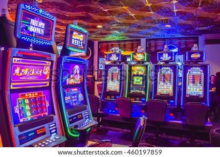 Harrars casino nob hill casino bench