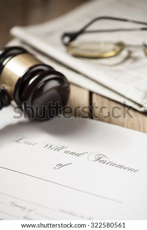 Last will and testament form with gavel