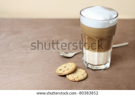 latte macchiato with cookies