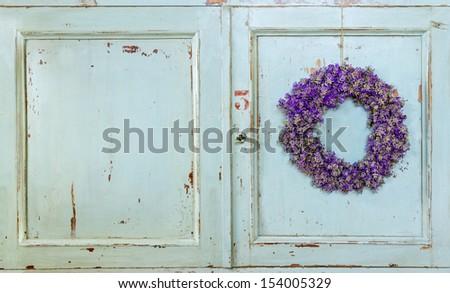 the painted door double wheel symbol 2