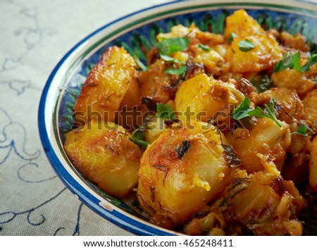 Lebanese Garlic Potatoes with Cilantro