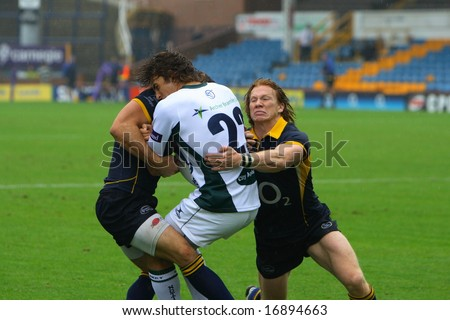 Leeds Carnegie v Nottingham Aug 31 National Div 1 league game Tom Biggs tackling
