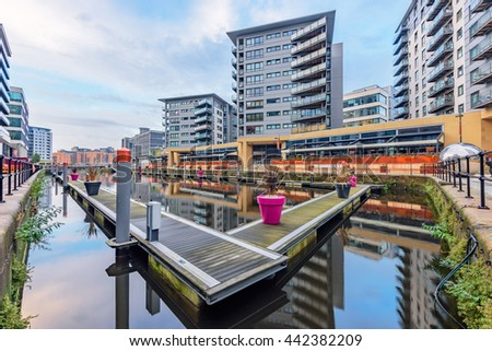 Leeds dock has large residential population in waterside apartments  by the River Aire in central Leeds, West Yorkshire, England. - stock photo