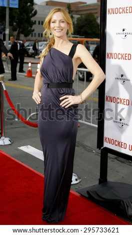 """Leslie Mann attends Los Angeles Premiere of """"Knocked Up"""" held at the Mann Village Theatre in Westwood, California, on May 21, 2007.   - stock photo"""