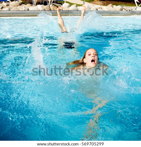 Woman Drowning Stock Images Royalty Free Images Vectors Shutterstock