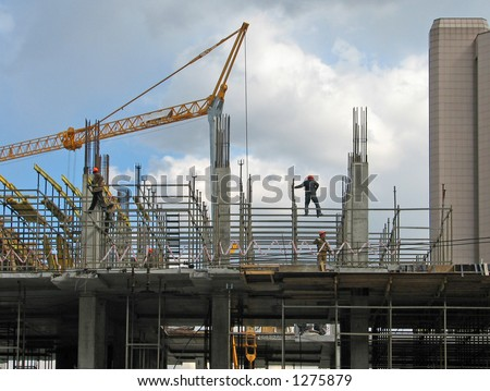 Lifting crane over frame-house