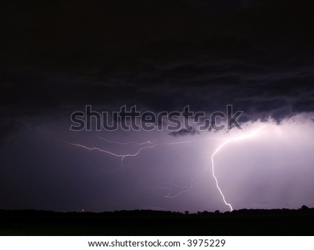 lightning clouds thunderstorms rain electricity