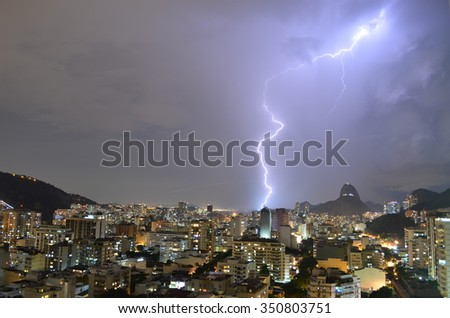 Lightning in the city of Rio, near the Sugar Loaf.