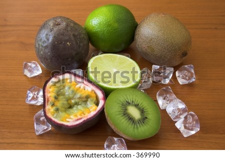 Lime, kiwi & passion fruits