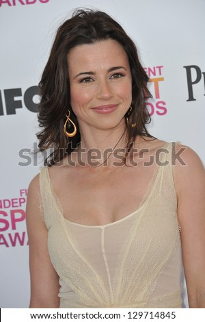 Linda Cardellini at the 2013 Film Independent Spirit Awards on the beach in Santa Monica. February 23, 2013  Santa Monica, CA Picture: Paul Smith