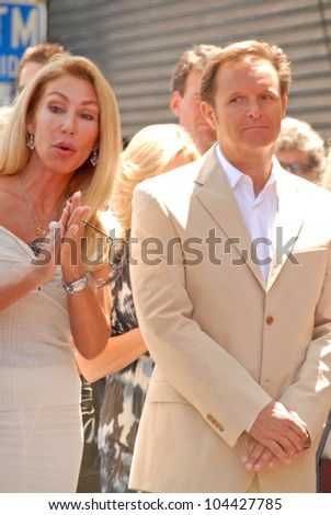 Linda Thompson and Mark Burnett  at the Hollywood Walk of Fame induction ceremoney for Mark Burnette, Hollywood, CA 07-08-09