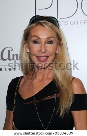 """Linda Thompson at the 2nd Annual Patterns for Paws """"Pup-A-Razzi""""Benefiting the Amanda Foundation, Pacific Design Center, West Hollywood, CA. 08-24-11 - stock photo"""