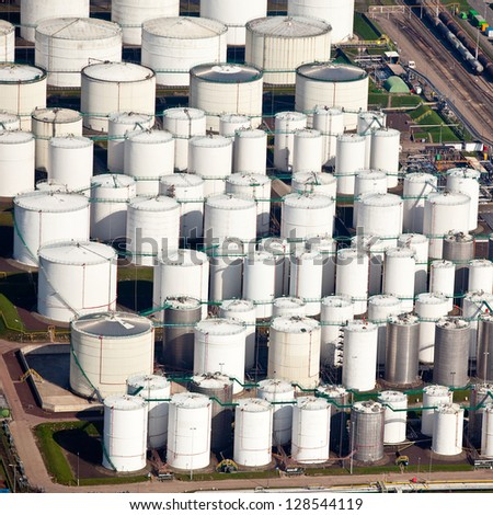 Lines of oil storage