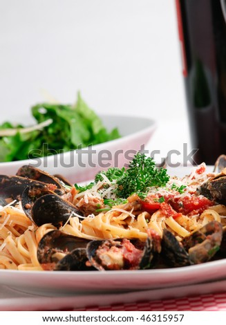 ... fresh-mussels-in-tomato-sauce-with-parmesan-cheese-and-fresh-herbs