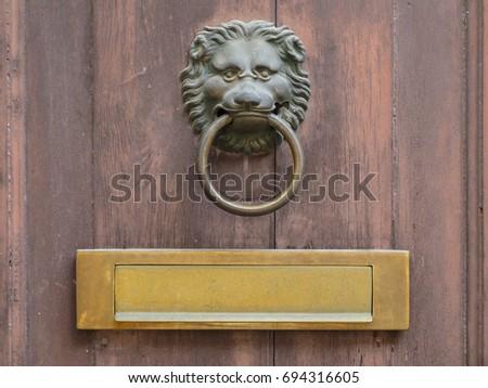 Lion face shape door knocker and letterbox on ancient wooden door & Door Letterbox Stock Images Royalty-Free Images \u0026 Vectors ... Pezcame.Com