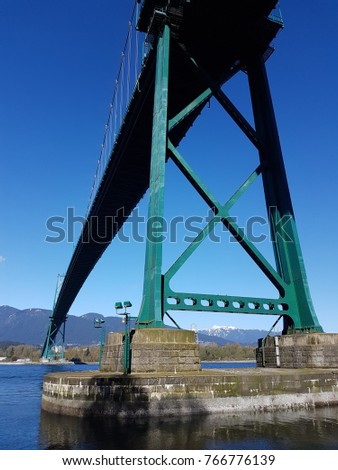 Lion's Gate Bridge Vancouver