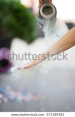 liquid nitrogen, chemical experiments
