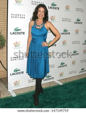Lisa Edelstein at the Lacoste and Barney's New York Celebrity Auction Beverly Hills, CA October 20, 2005