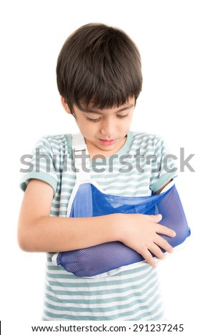 Little boy arm broken using arm sling