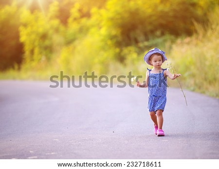 Toddler Walking Stock Images, Royalty-Free Images & Vectors ...
