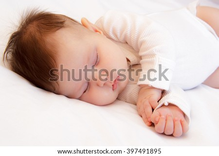 Little newborn girl slepping