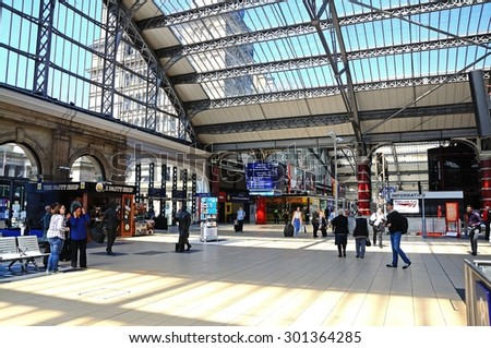 LIVERPOOL, UNITED KINGDOM - JUNE 11, 2015 - Main concourse in Lime Street Railway Station, Liverpool, Merseyside, England, UK, Western Europe, June 11, 2015.