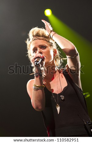 LONDON - AUG 19: Bo Bruce Performs at V Festival Chelmsford, AUG 19, 2012 in Chelmsford, UK - stock photo