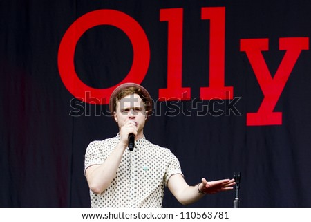 LONDON - AUG 19: Olly Murrs Performs at V Festival Chelmsford, AUG 19, 2012 in Chelmsford, UK - stock photo