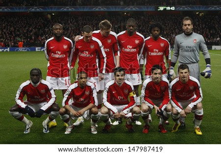 LONDON, ENGLAND. 31/03/2010.  Arsenal team before the  UEFA Champions League quarter-final between Arsenal and Barcelona at the Emirates Stadium - stock photo