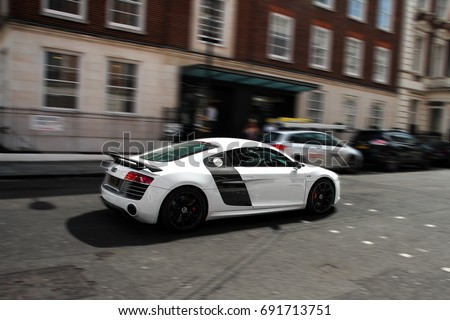 London England Audi R Coupe Stock Photo - Common sports cars