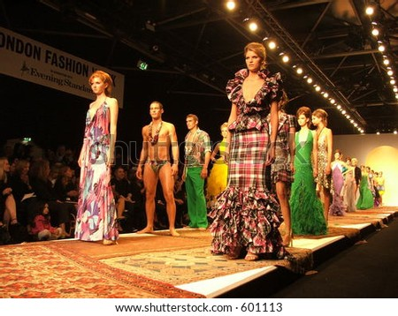 London Fashion Week Spring/ Summer 2006. A piece from Julien MacDonald collection. (Lili Cole left) - stock photo