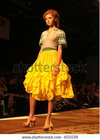 London Fashion Week Spring/ Summer 2006. A piece from Julien MacDonald collection. Model Lili Cole - stock photo