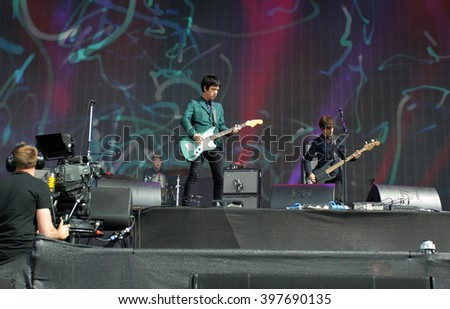 LONDON - JUN 26, 2015: Johnny Marr on stage at the British Summer Time concert, Hyde Park on Jun 26, 2015 in London