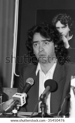 "LONDON-JUNE 11: Gerry Conlon, one of the ""Guildford Four"" wrongly convicted of the Guildford pub bombings, speaks at a press conference on June 11, 1990 in London."