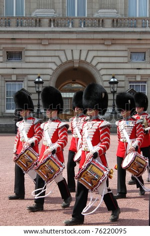 LONDON - MAY 21: Changing of the guard in Buckingham Palace on May 21, 2010 in London, UK - stock photo
