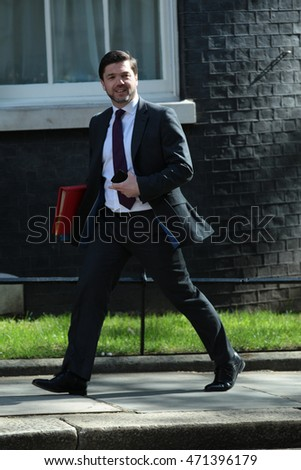 LONDON - MAY 3, 2016: Stephen Crabb MP arrives for a cabinet meeting in Downing Street on May 3, 2016 in London