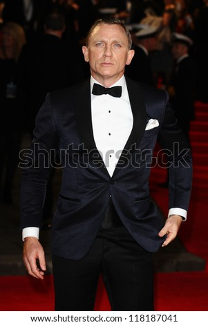 LONDON - OCTOBER 23: Daniel Craig arriving for the Royal World Premiere of 'Skyfall' at Royal Albert Hall 23/10/2012 in London. - stock photo
