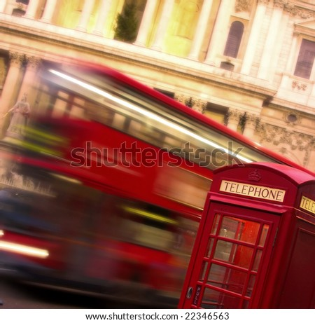 London telephoner Box and Bus