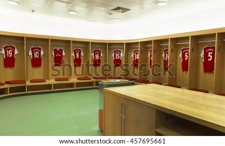 Emirates stadium stock images royalty free images for Arsenal mural emirates