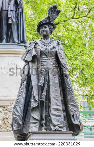 LONDON, UK - MAY 30, 2013: View of Bronze Statue of Queen Elizabeth (wife of King George VI) by sculptor Philip Jackson was unveiled in 2009 on the Mall. King George VI Memorial. - stock photo
